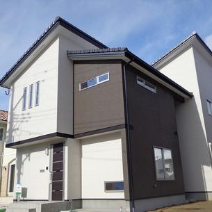 2014年1月20日シンプルモダンな新築住宅